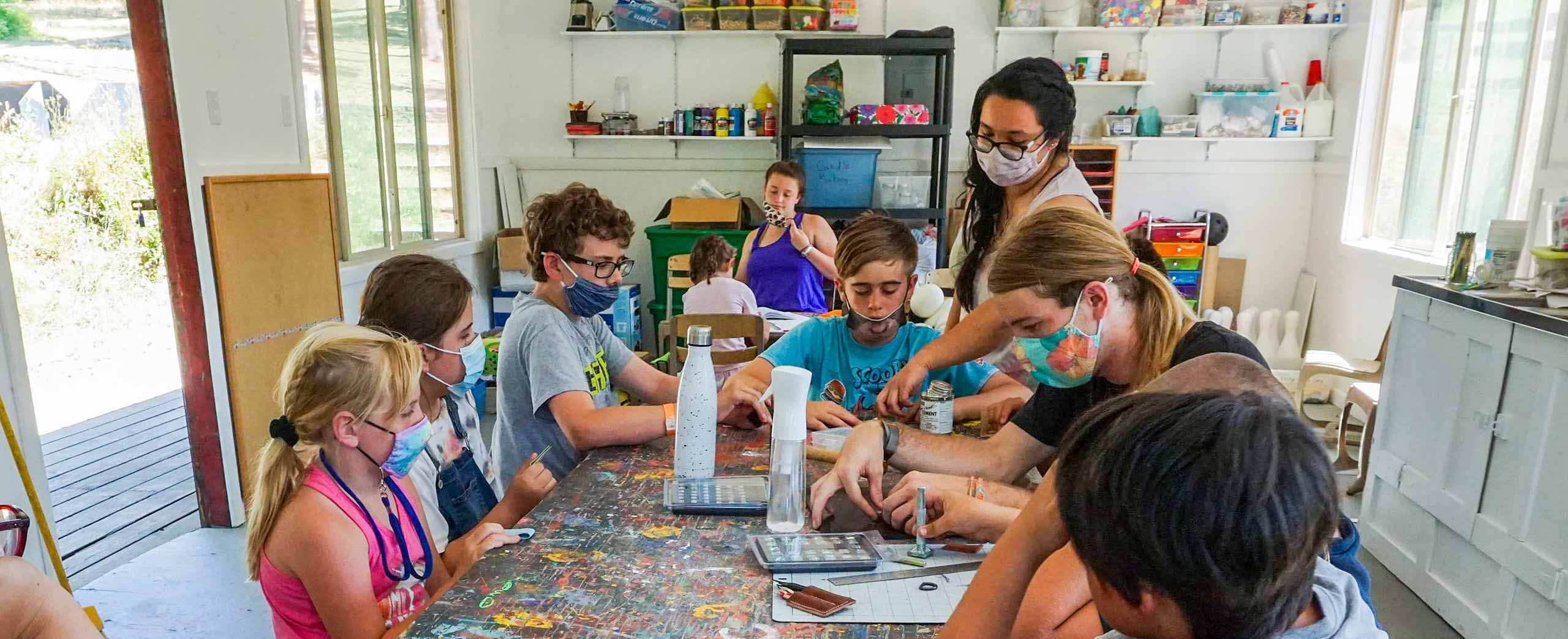 Elementary kids doing art