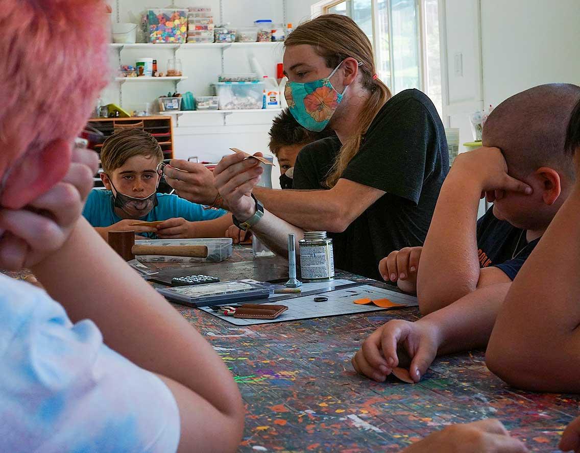 Twinlow Kids crafting